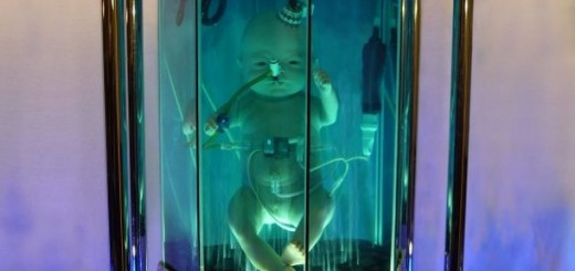 womb-alien-baby-clone-scifi-art-sculpture-05