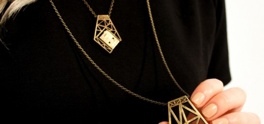 Memoirs functional USB jewelry courtesy 3D printing