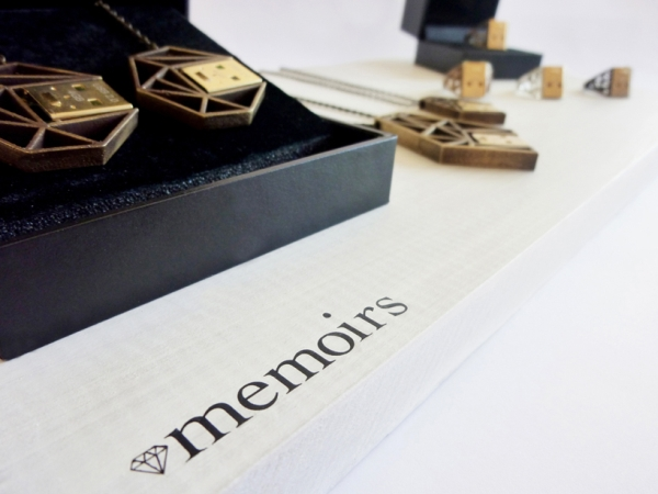 Memoirs functional USB jewelry courtesy 3D printing for hot fashion style statement 