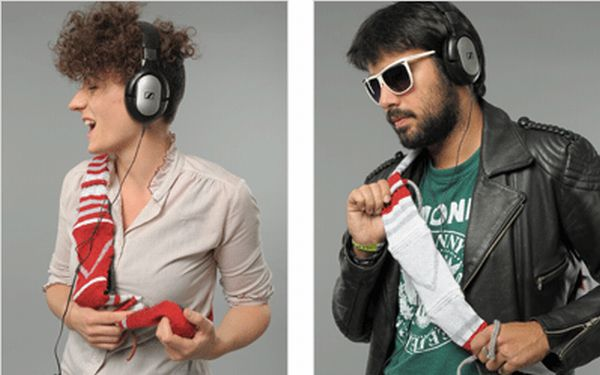Shuffle Sleeve wearable shoulder-mounted controller to play music on smartphone