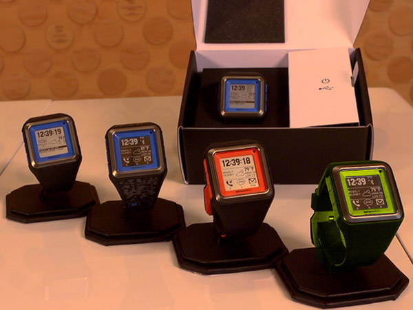 talk more metawatch strata smartwatch for iphone and android smartphones the